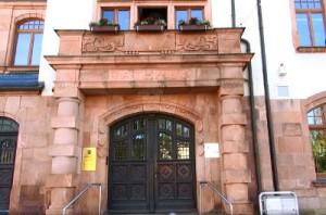 Eingang Rathaus Thalheim