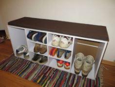 Schuhschrank mit Sitzkissen bei Diska und Amazon