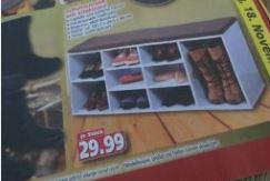 Schuhschrank mit Sitzkissen bei Diska in der Werbung