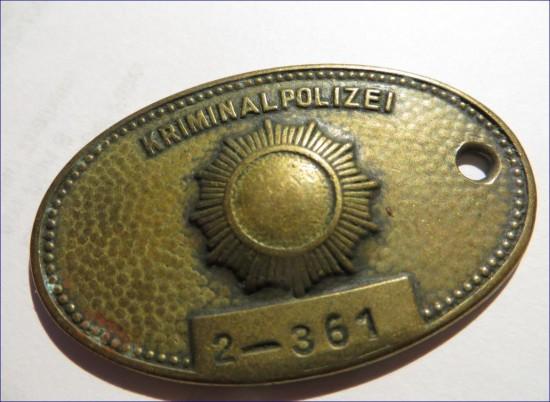DDR Polizei Dienstmarke