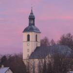 Sonnenaufgang mit Lila Wolken in Thalheim Erzgebirge