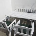 Gartenmöbel Set aus Holz weiß  streichen