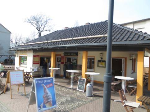 Kiosk am Rathaus in Thalheim Erzgebirge